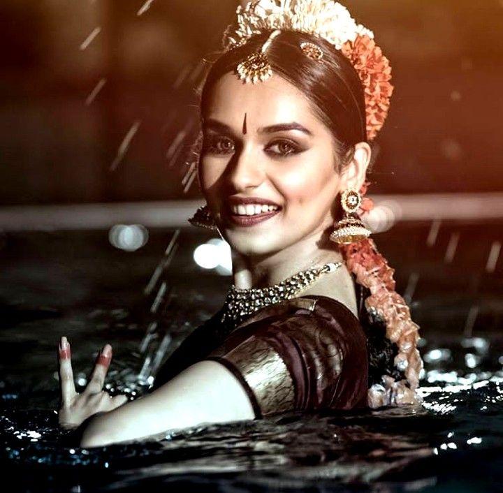 Manushi-Chillar-dance