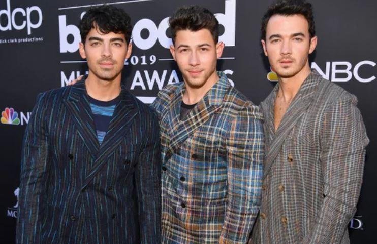 Nick Jonas chose brother Kevin over Joe to reveal his accident news to Wife Priyanka