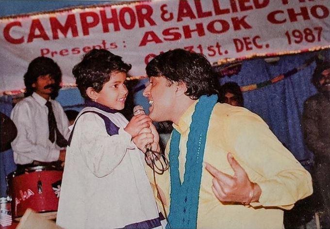 Priyanka Chopra father Ashok Chopra 8th death anniversary, actress shares nostalgic photo while singing with her daddy