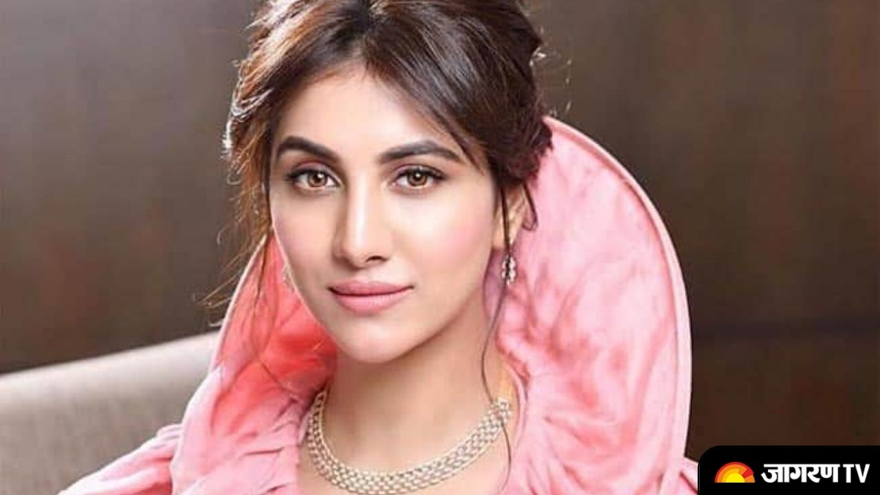 Rukmini Maitra Biography: Everything about Bengali Beauty doing her debut with Vidhyut Jammwal's starter Sanak