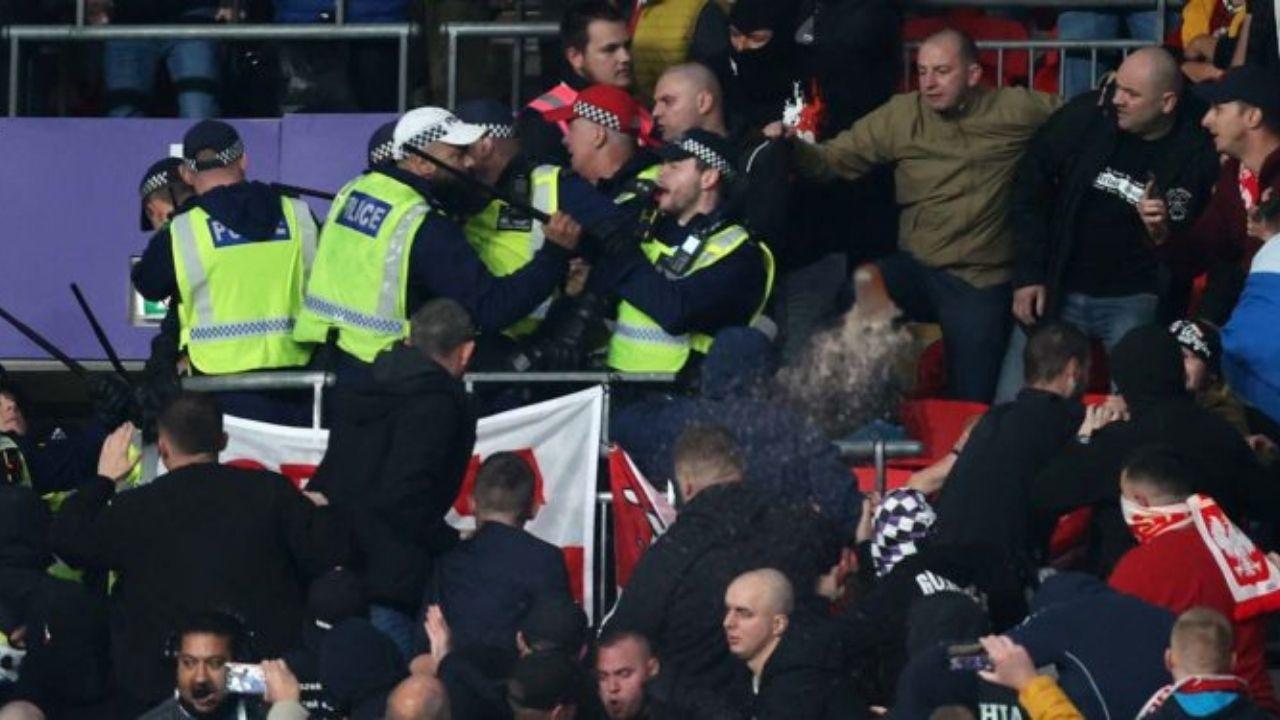 World Cup Qualifier: इंग्लैंड के खिलाफ मैच के दौरान Hungary fans और पुलिस के बीच हुई भिड़ंत, वीडियो हुआ वायरल