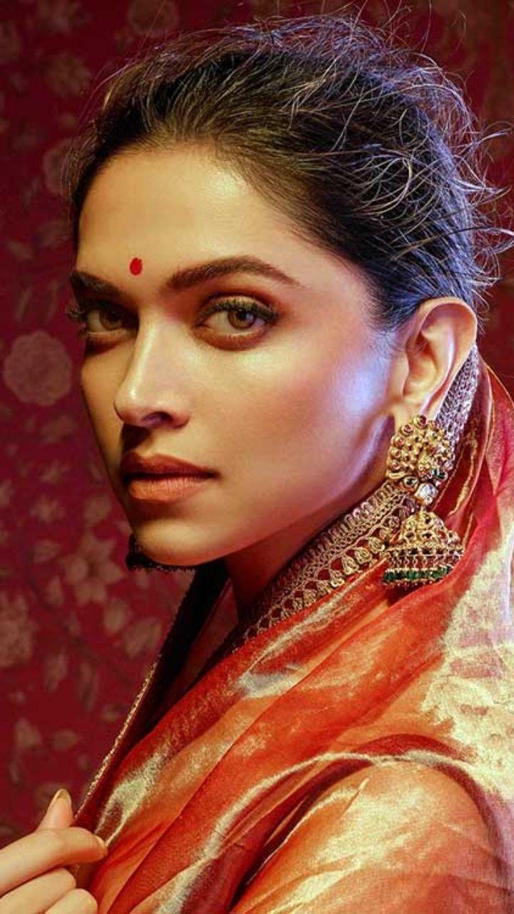 Karwa Chauth Makeup Ideas Ft. Bollywood Brides