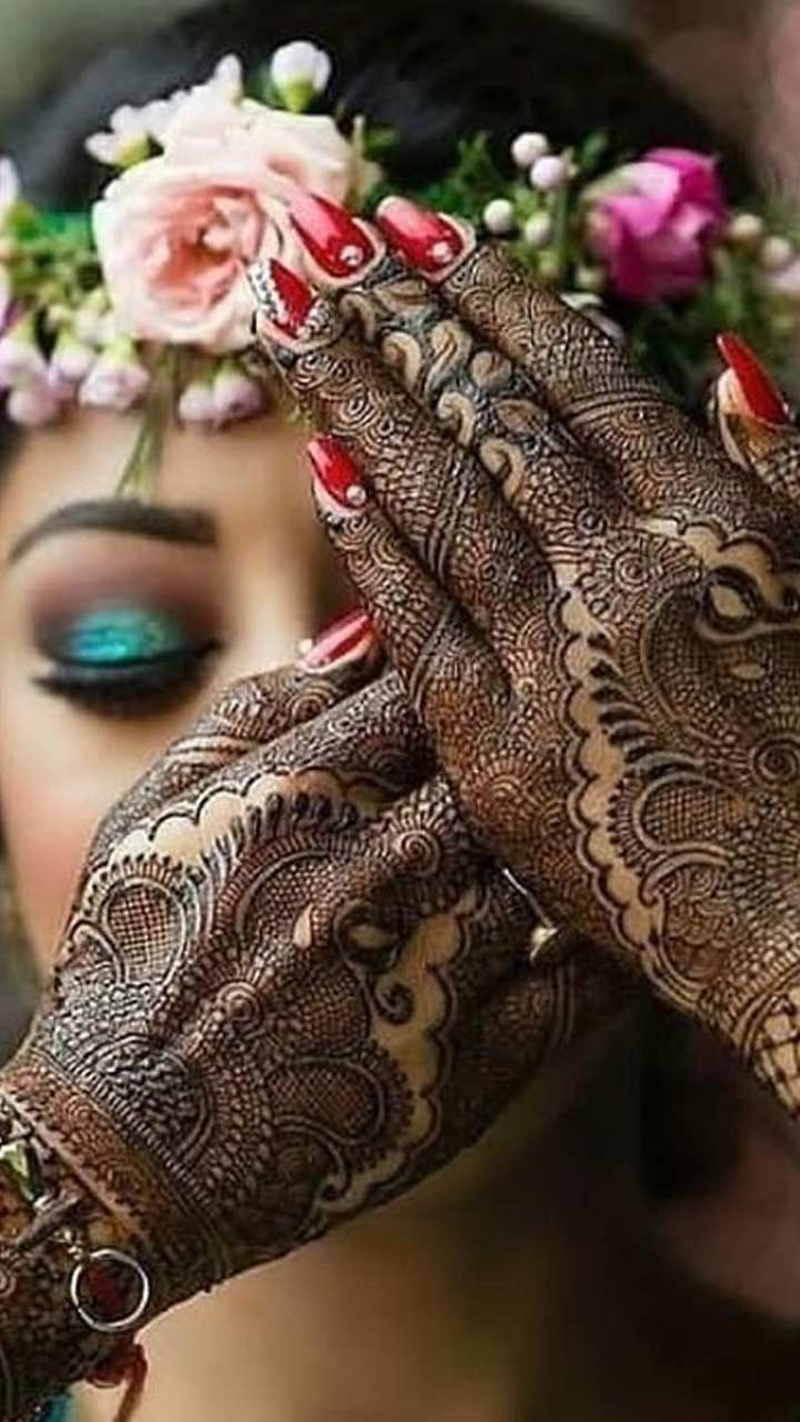 Karwa Chauth Mehndi Designs,Traditional easy mehndi, tips to get darker mehndi color