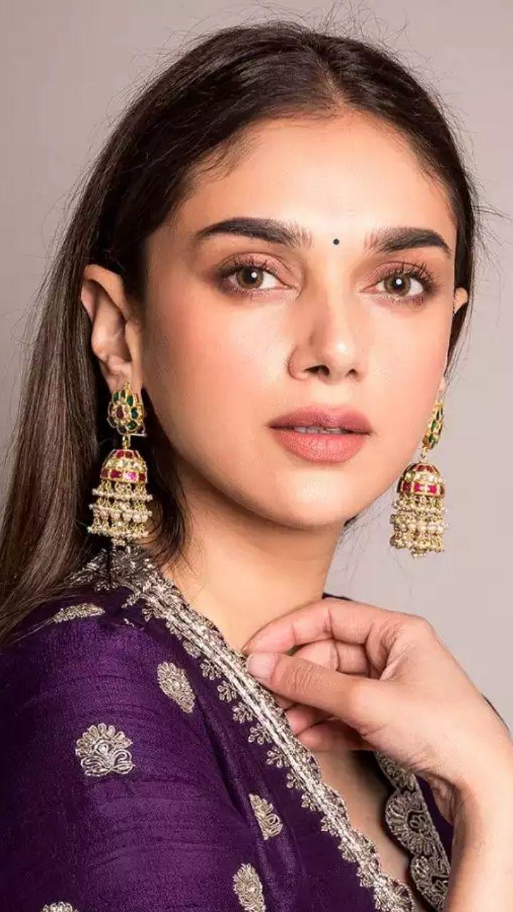Sneak Peak into the Desi Closet of Indian Princess Aditi Rao Hydari
